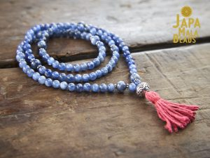 Kyanite necklace Mala