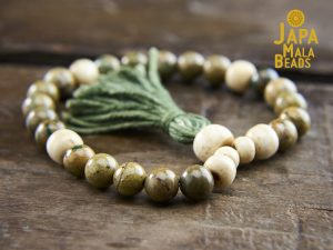 Verdite and Bone Wrist Mala
