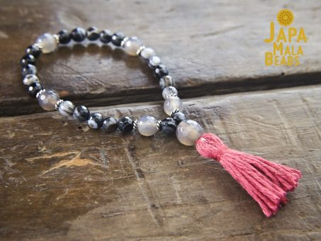 Grey and Black Banded Agate Wrist Mala