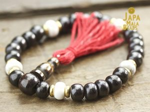 bone and howlite mala