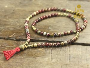 Apple Jasper and Green Sandalwood Full Mala