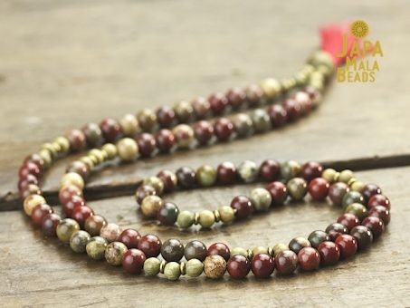 Apple Jasper and Green Sandalwood Full Mala Beads