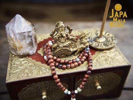 Maha Ganesha Gem Mala Altar Set