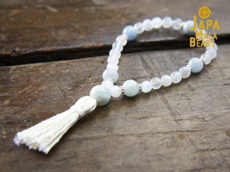 White Agate and Aquamarine Wrist Mala