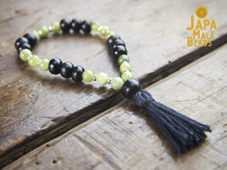 Black Horn and Green Garnet Bracelet mala bead