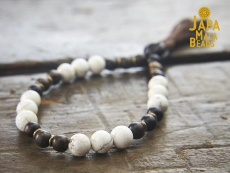 Magnesite and Ebony Bracelet Mantra beads