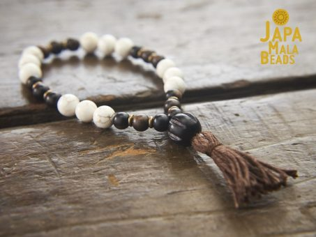 Magnesite and Ebony Bracelet Mala beads