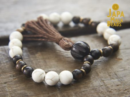 Magnesite and Ebony Wrist Mala beads