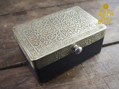Silver Metal Top Mala Box