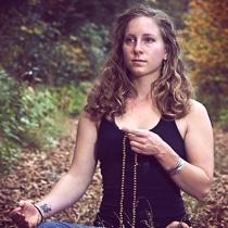 How to Use a Mala | Japa Mala Beads