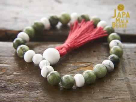 Saguaro Serpentine and Howlite Bracelet Mala