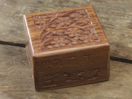 Square Rosewood Mala Box