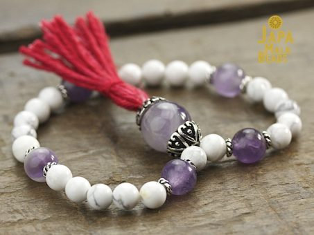 Howlite and Amethyst Mala