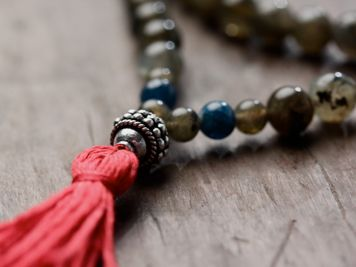 Labradorite and Apatite Full Mala