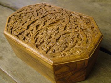 Carved Octagon Mala Box
